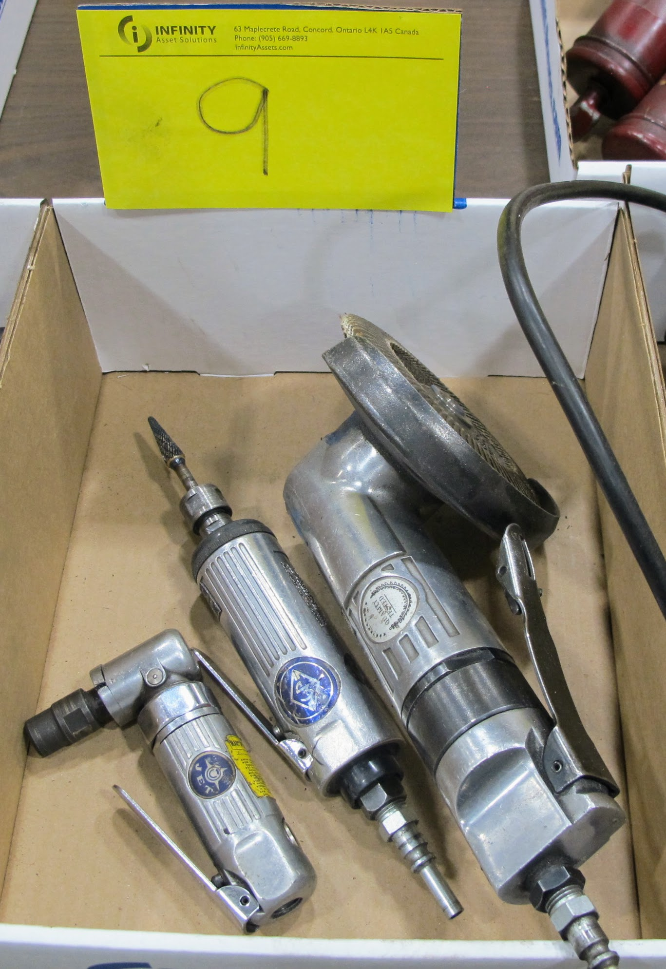 1 BOX OF PNEUMATIC TOOLS (RIGHT ANGLE GRINDER, DRIVER, ANGLE GRINDER)