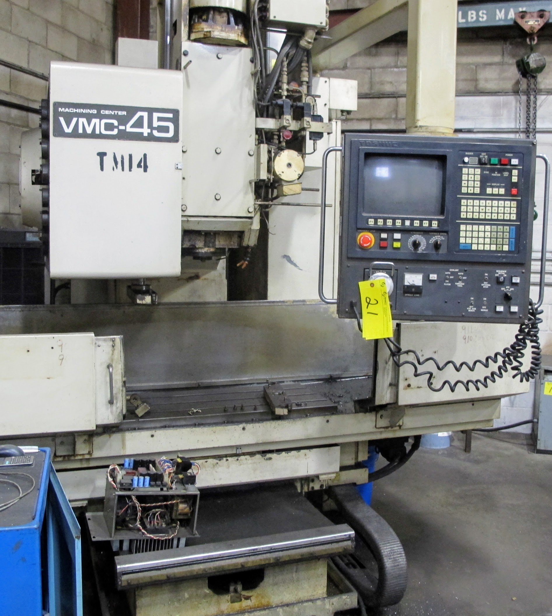 """SHIBAURA VMC-45 CNC VERTICAL MACHINING CENTER, 18"""" X 40"""" TABLE, TOSNUC CNC CONTROLS, 20 ATC, COOLING - Image 6 of 6"""