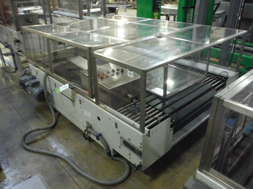 Lot 70 - 2007 Sidel combiner conveyor, Model TDC0016, SN 904835-SMMM0327, 98 in. long x 66 in. wide, with con