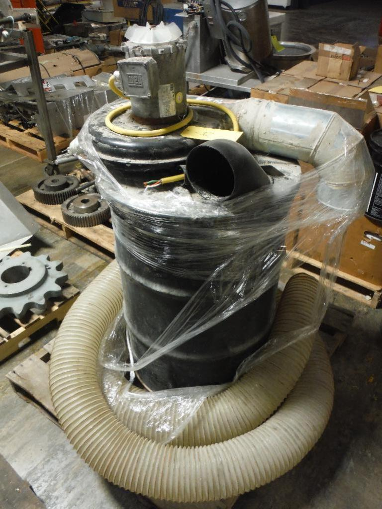 Lot 43 - Cincinnati fan barrel vacuum, Model 200S/T3, SN 1010302-2, 3 ph. ** Rigging Fee: $25 **