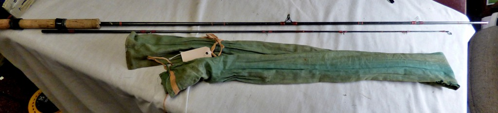 Lot 7 - Hornet Pinfibre - 9ft (2) section fibre rod