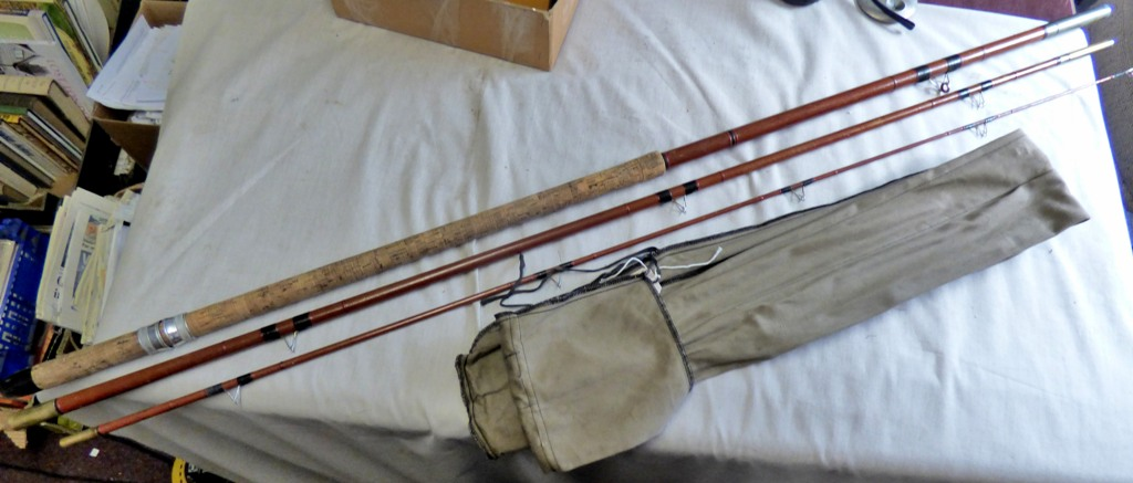 "Lot 8 - Edgar Sealey Float Rod- 13ft 6"" Fibre rod"