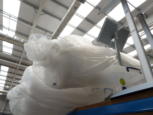 Thin roll of bubblewrap