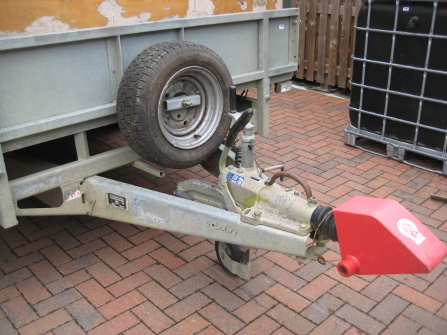 Ifor Williams LM166 tri-axle Beater's trailer, with interior bench seating, removable cover, first - Image 2 of 10