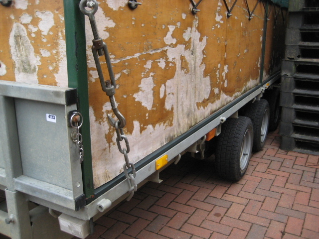 Ifor Williams LM166 tri-axle Beater's trailer, with interior bench seating, removable cover, first - Image 4 of 10