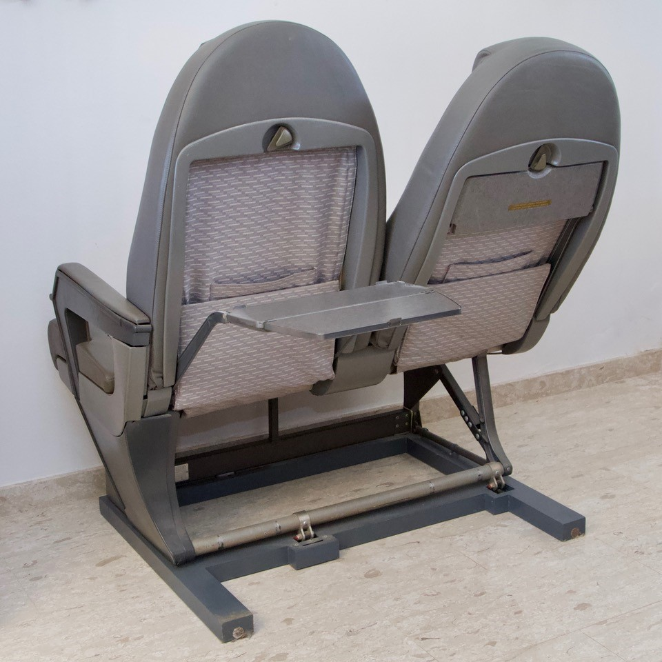 Concorde Seats 1C & 1D, British Airways, G-BOAB. Removed from G-BOAB in Nov. - Image 3 of 4