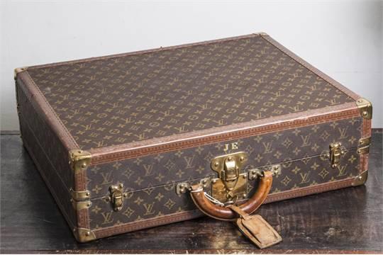ed72c68a72962 Louis Vuitton-Koffer