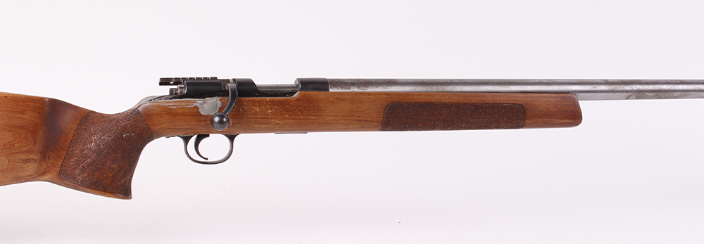 (S1) .22 Remington(?) bolt action target rifle, 26½ ins heavy barrel with tunnel foresight, single