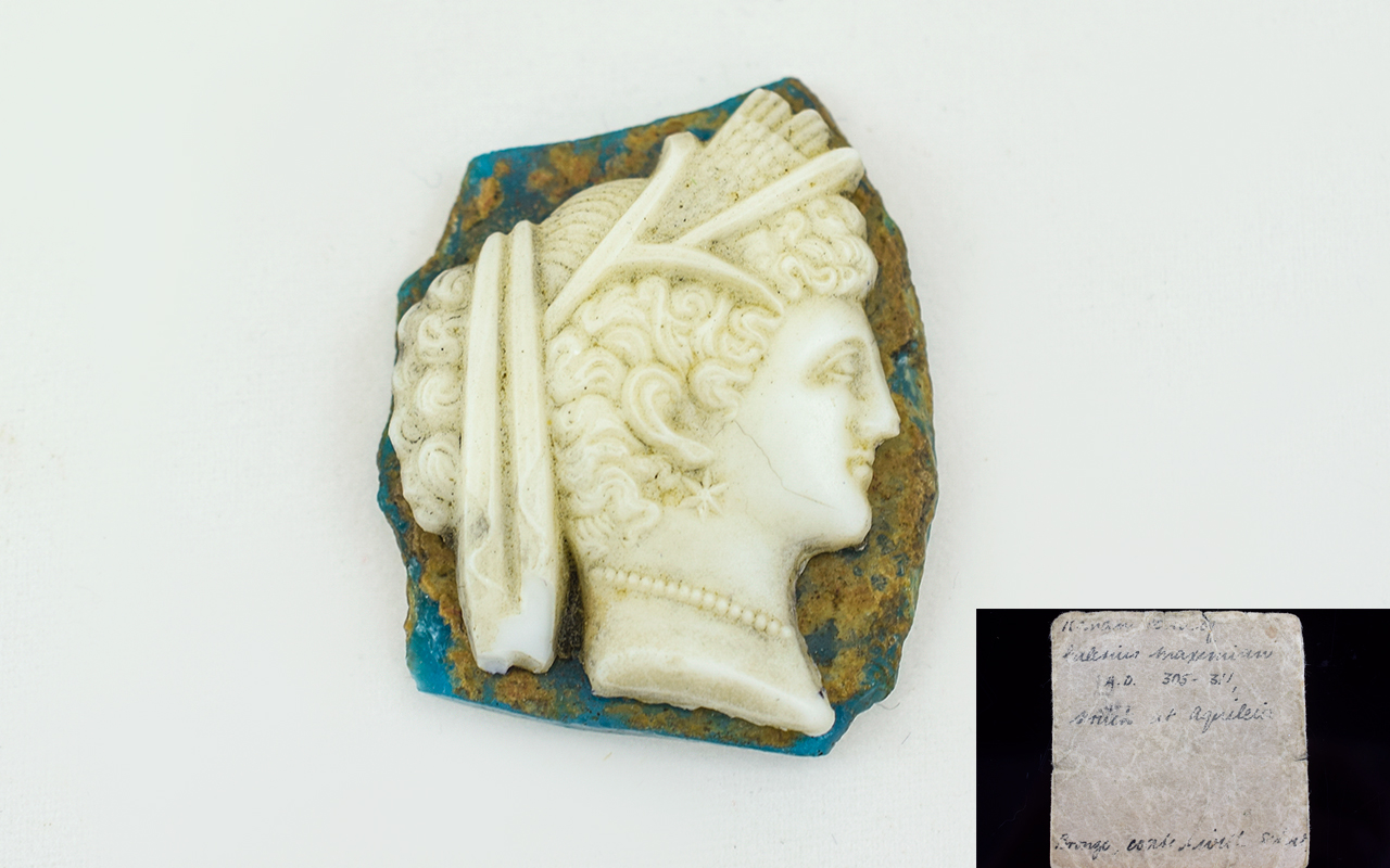 Lot 106 - Early Roman White Paste Glass Cameo of t
