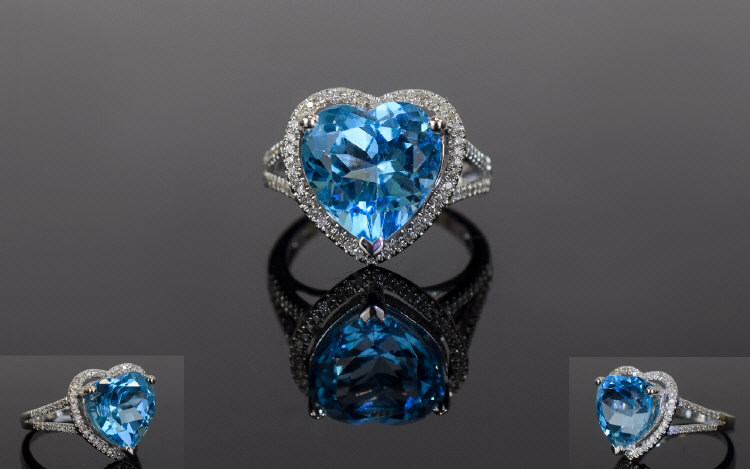Lot 151 - 14ct White Gold Diamond & Topaz Ring, Ce