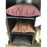 Assorted decorative pillows, 3 pcs