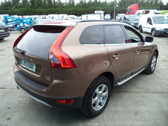 09D1200 2009 Volvo XC60 2.4D SE AWD Geartronic, Estate, 5 Door, Auto, Diesel. First Registered in