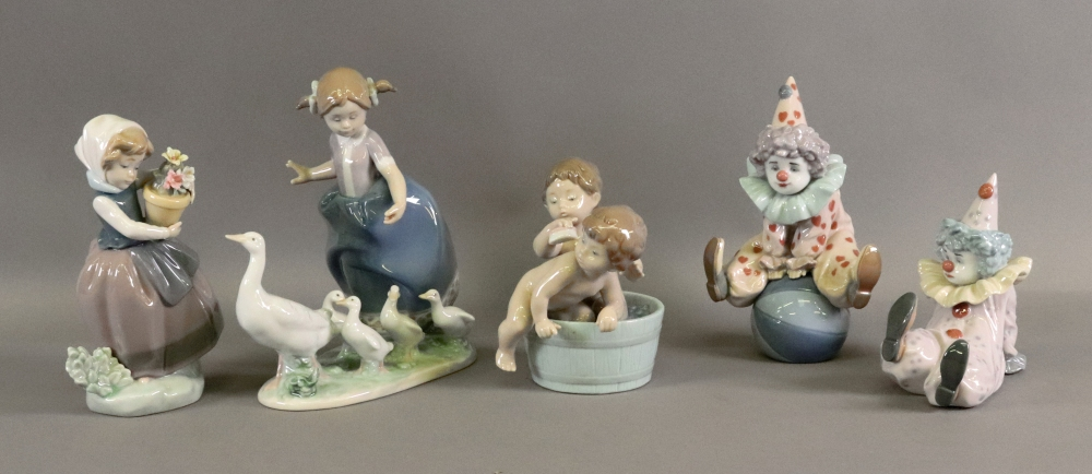 A collection of five Lladro figurines, i