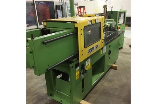 35 Ton, 1 9 oz  ARBURG Injection Molding Machine w/ Mold