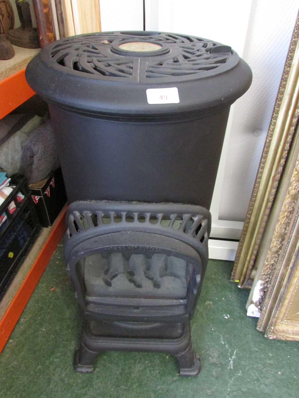Lot 49 - THURCROFT STOVE GAS HEATER