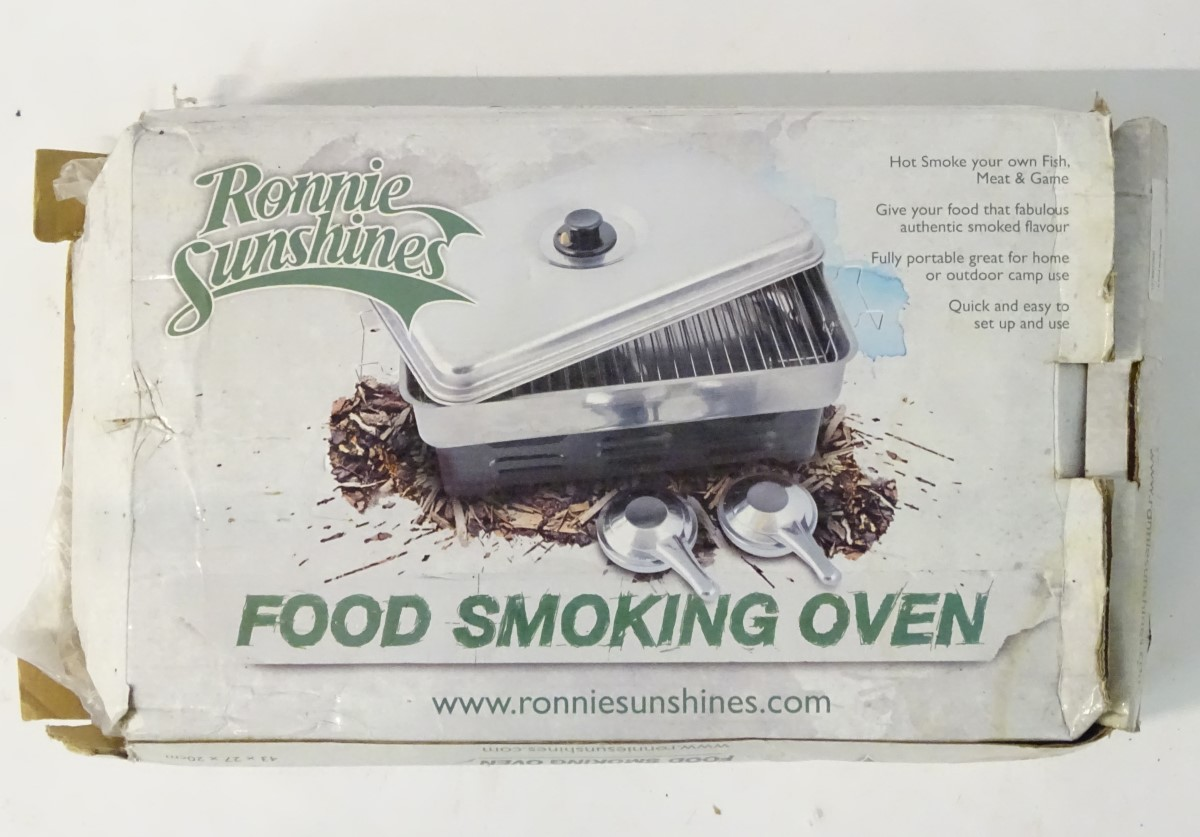 A food smoking oven, Ronnie Sunshines Hot Smoker,