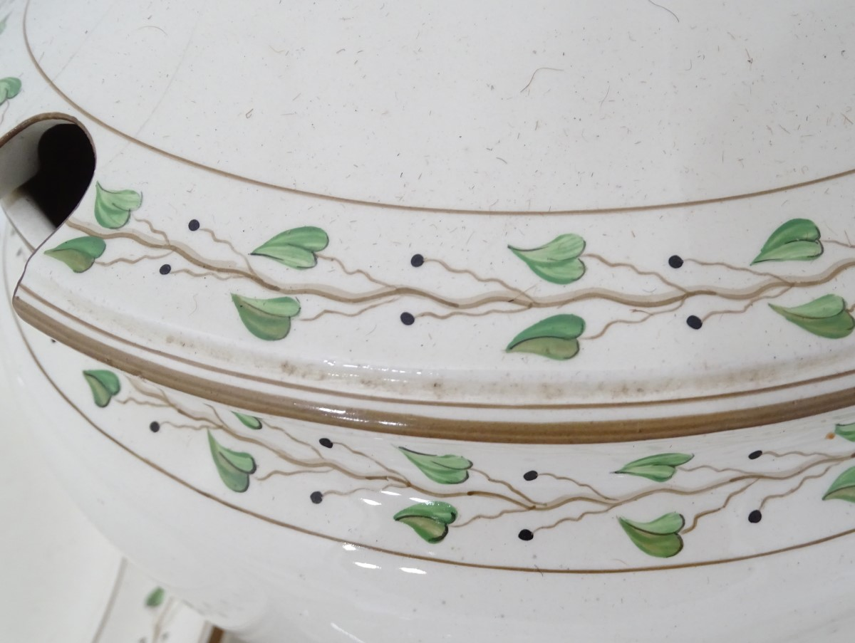 A quantity of creamware items comprising, soup tureen and stand, large meat plate etc. - Image 3 of 3