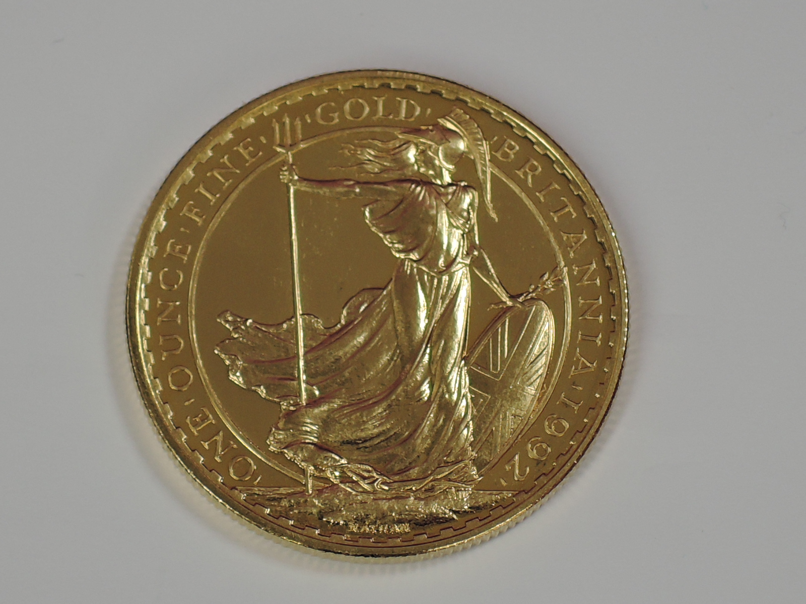 Lot 632 - A gold 1oz 1992 Great Britain Britannia 100 pound coin, in plastic case