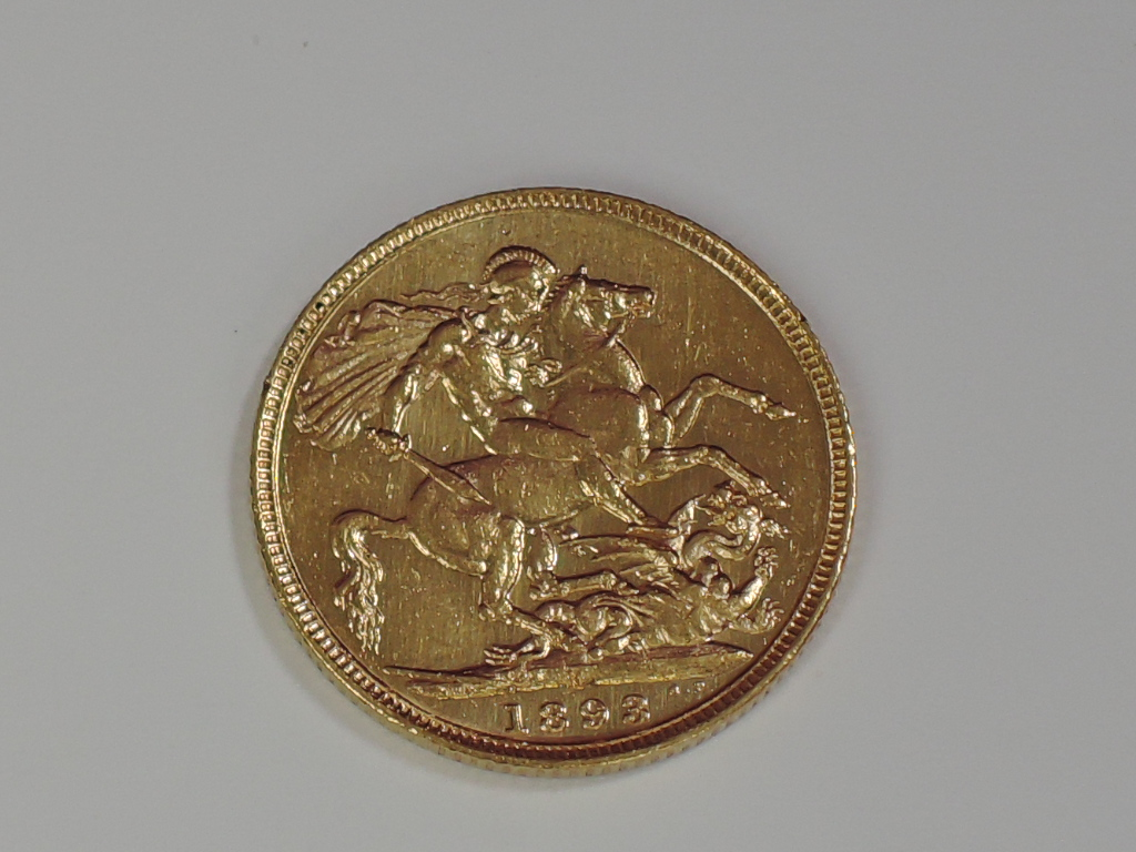 Lot 654 - A gold 1893 Great Britain Victoria Jubilee head Sovereign coin, in plastic case, Melbourne Mint