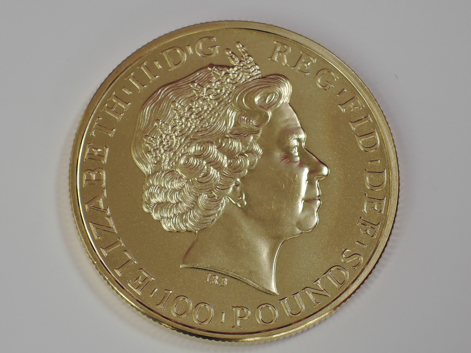 Lot 641 - A gold 1oz 2011 Great Britain Britannia 100 pound coin, in plastic case