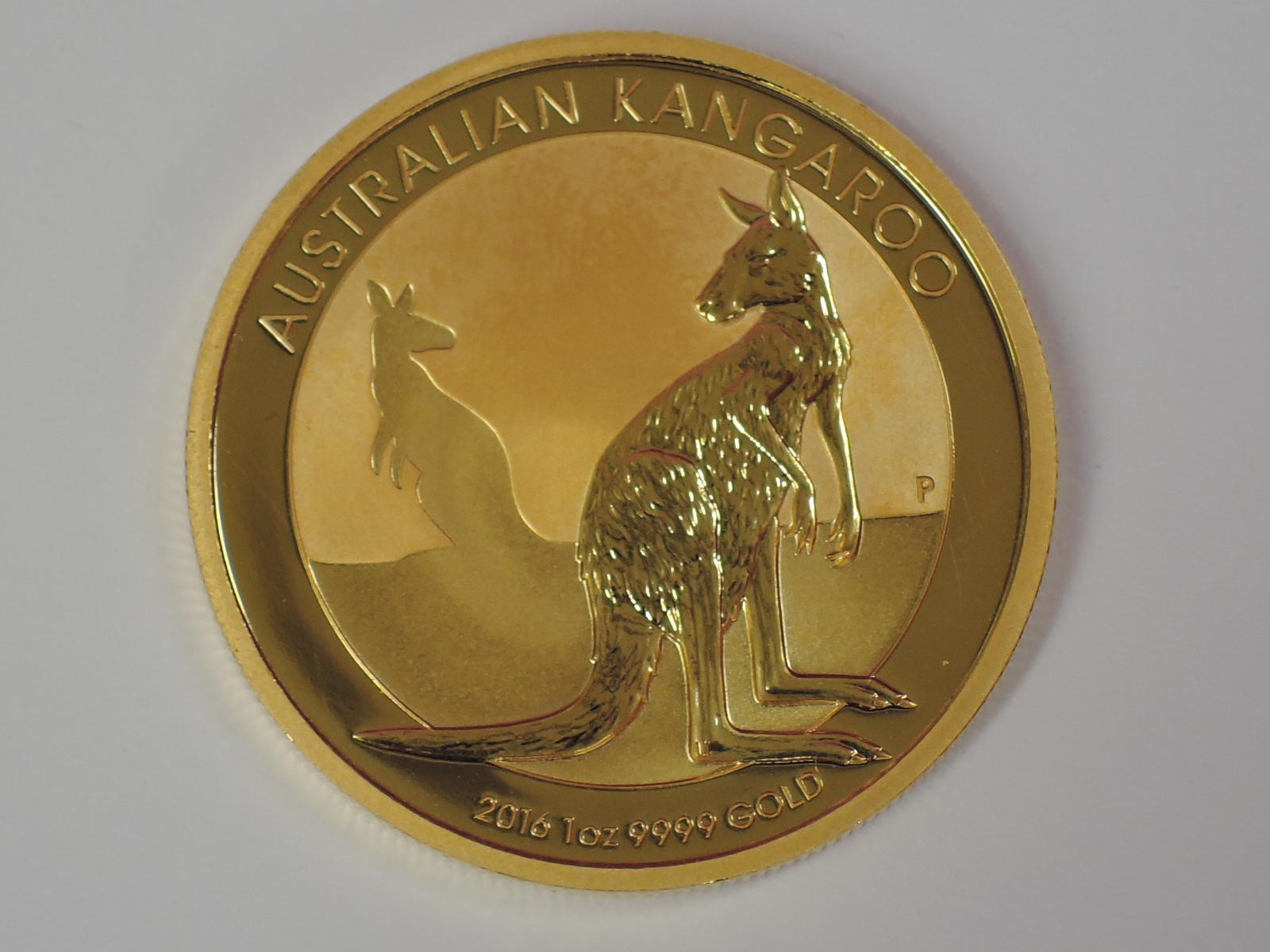Lot 609 - A gold 1oz 2016 100 dollar Australian Kangaroo coin, in plastic case