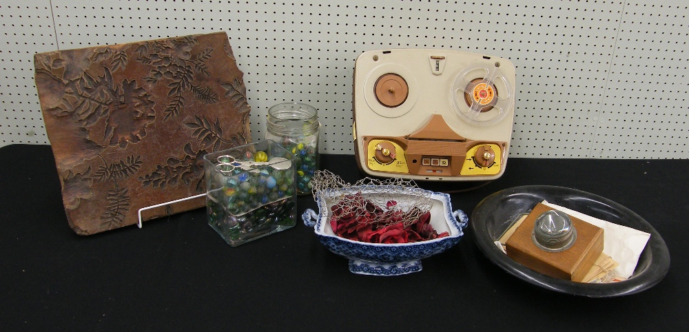 Lot 13 - Stuzzi stereo recorder 202, boxed, together with a relief carved leaf printing panel, Cetem Ware