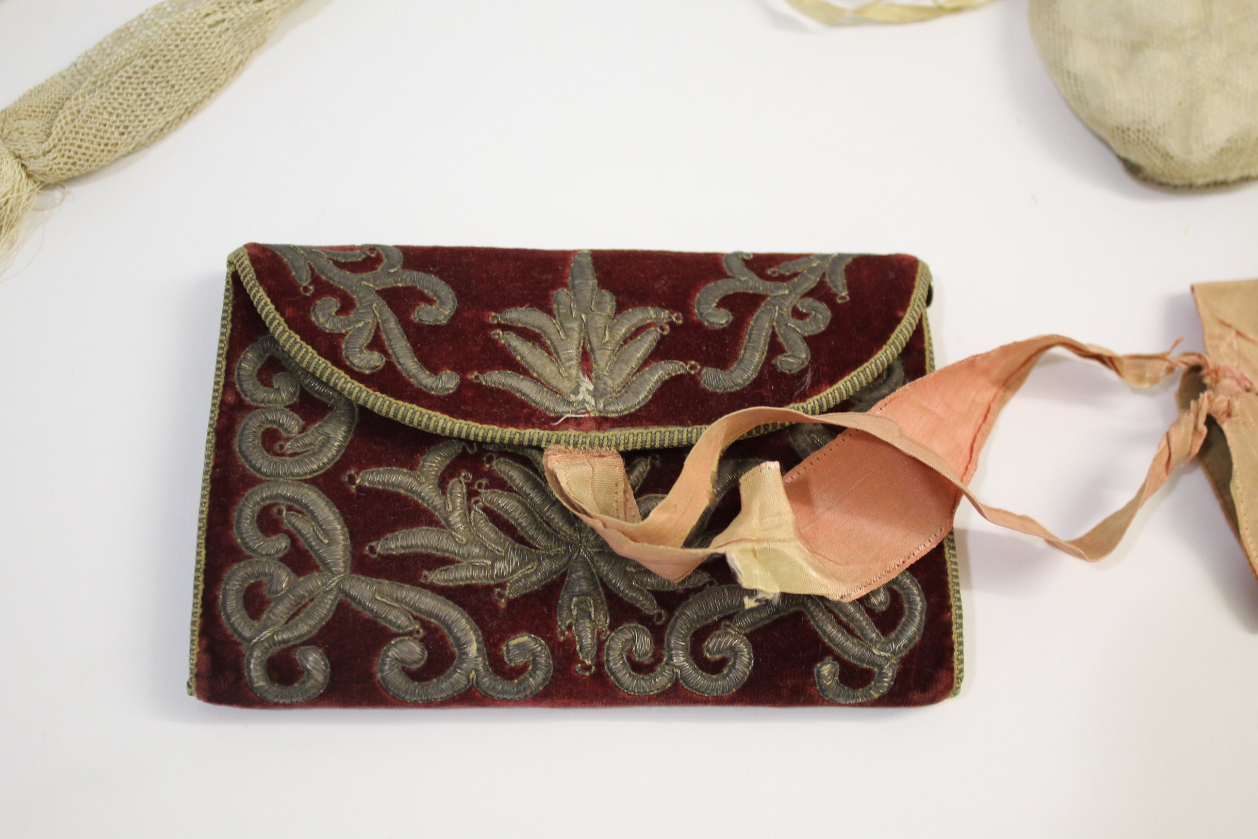 18THC CARD CASE & VINTAGE PURSES a late 18thc dark red velvet card case with metallic thread - Image 2 of 11