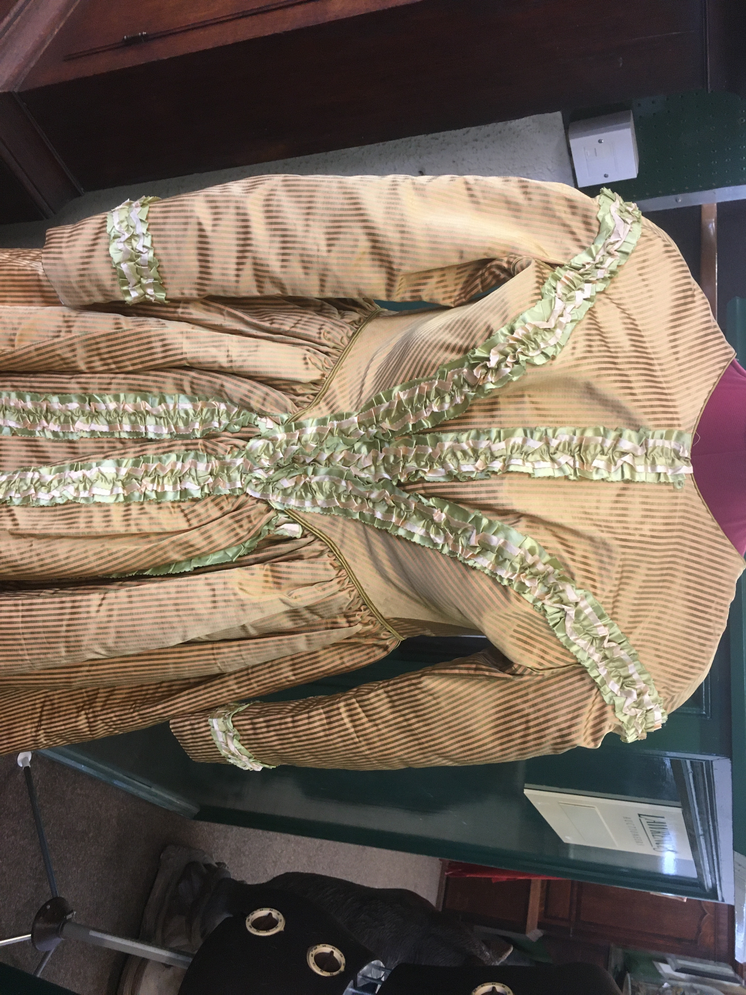 19THC SILK LADIES DRESS a mid 19thc apricot and olive green striped silk dress, decorated with - Image 2 of 9