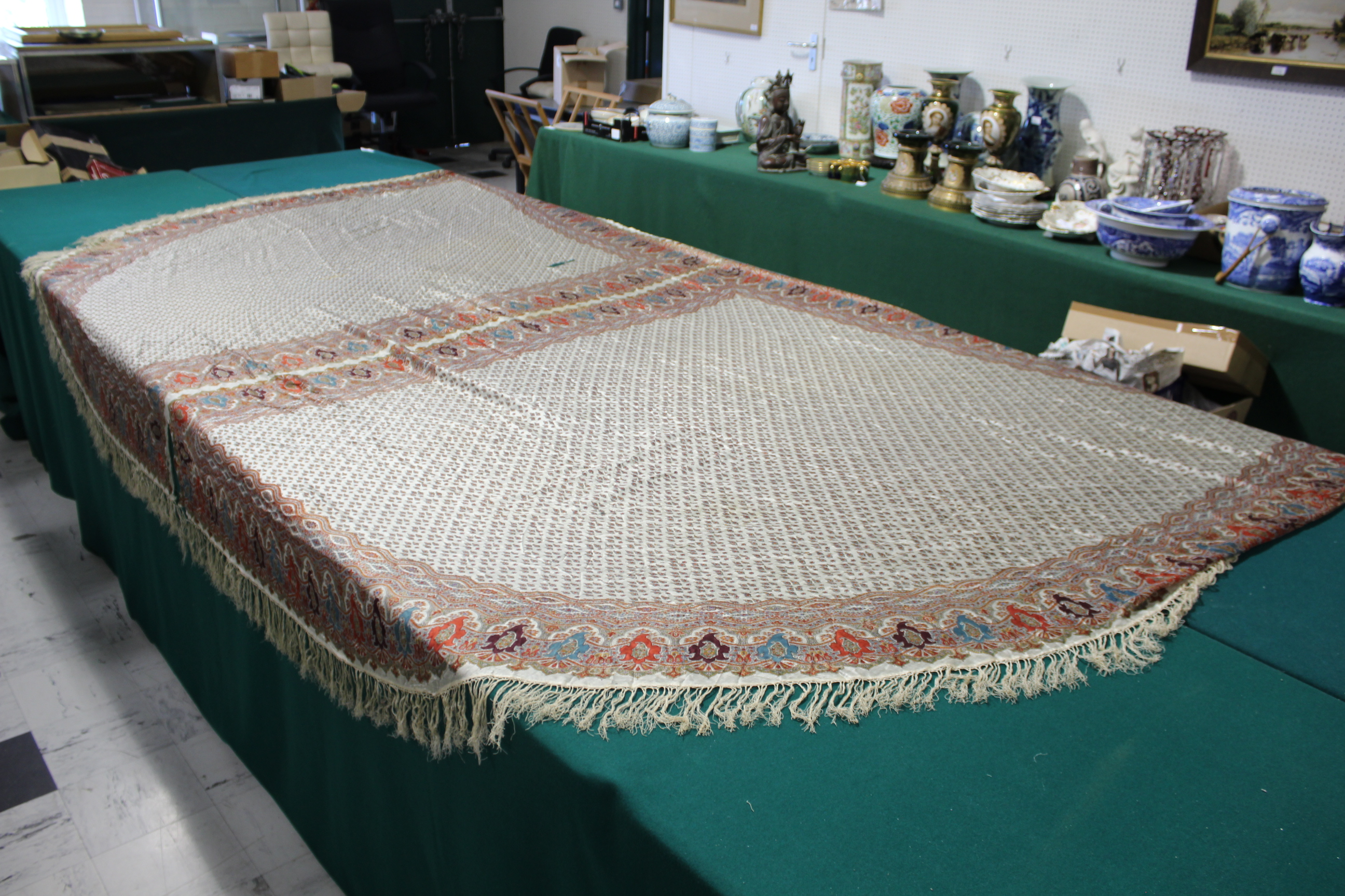 19THC PAISLEY SHAWL a mid 19thc paisley wool cashmere shawl (264cms by 126cms), and also with a fine - Image 5 of 9