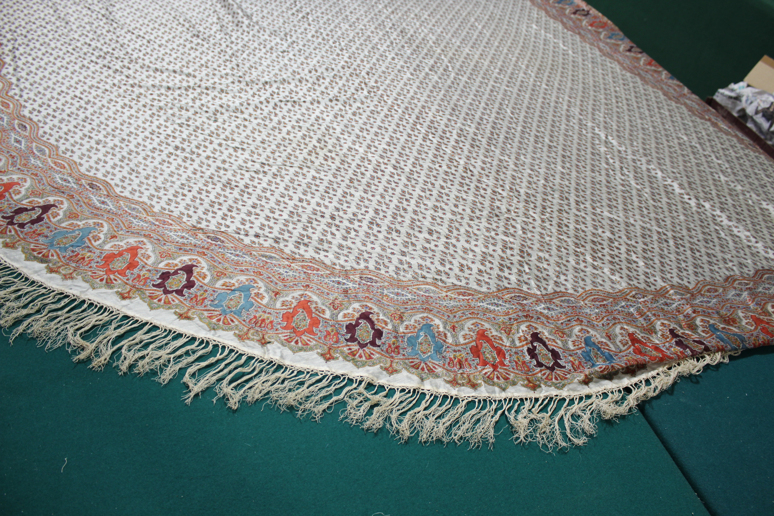 19THC PAISLEY SHAWL a mid 19thc paisley wool cashmere shawl (264cms by 126cms), and also with a fine - Image 6 of 9