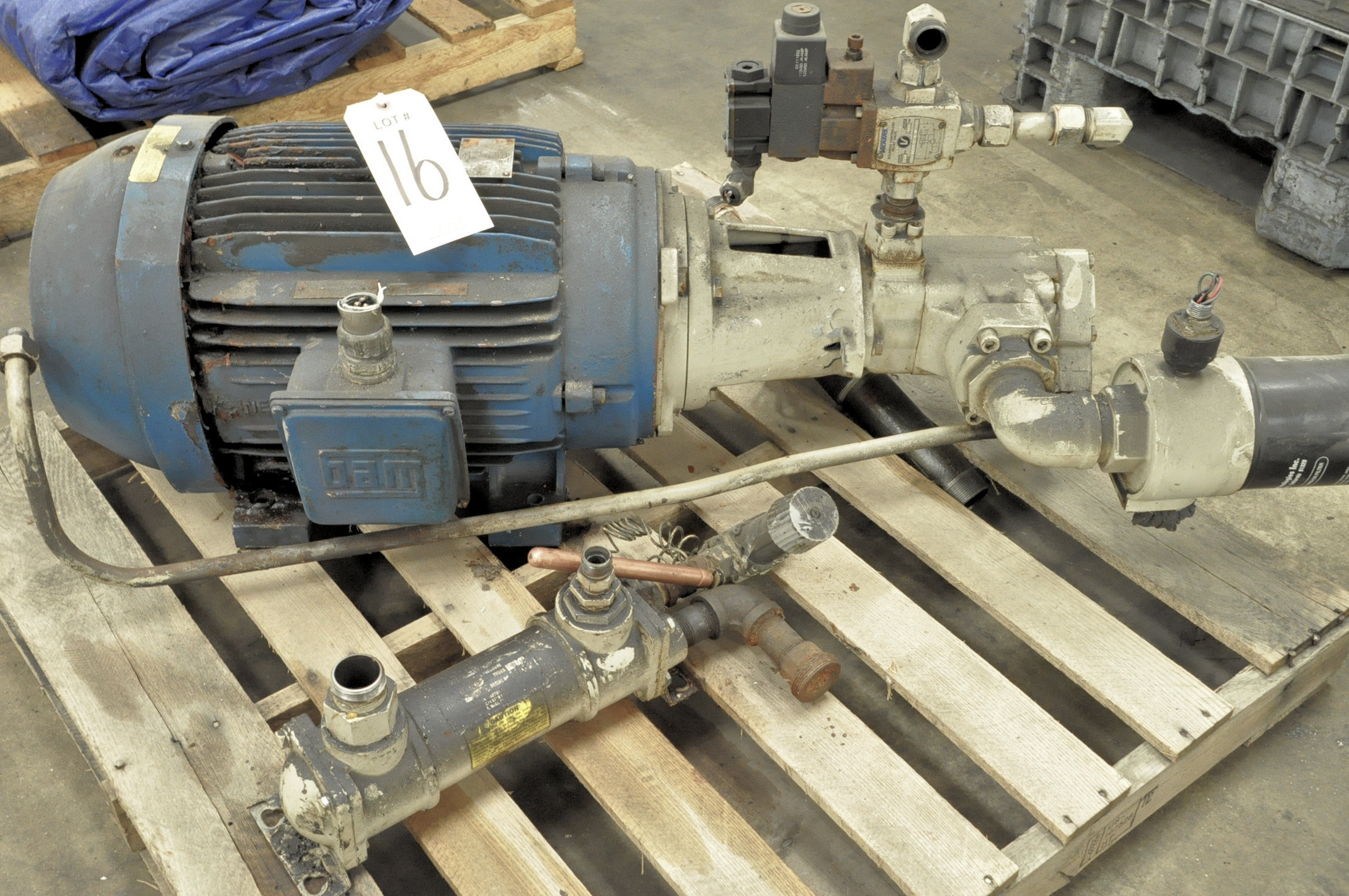Lot 16 - 30-HP Motor with Vickers Pump on (1) Pallet