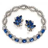 SAPPHIRE-DIAMOND-SET: BRACELET AND EAR CLIPS-ONS. Origin: Germany. Material: Ear clip ons 950/-