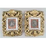Paar sakrale Darstellungen hinter Glas mit prunkvoll geschnitztem Rahmen aus Holz mitFassung, je