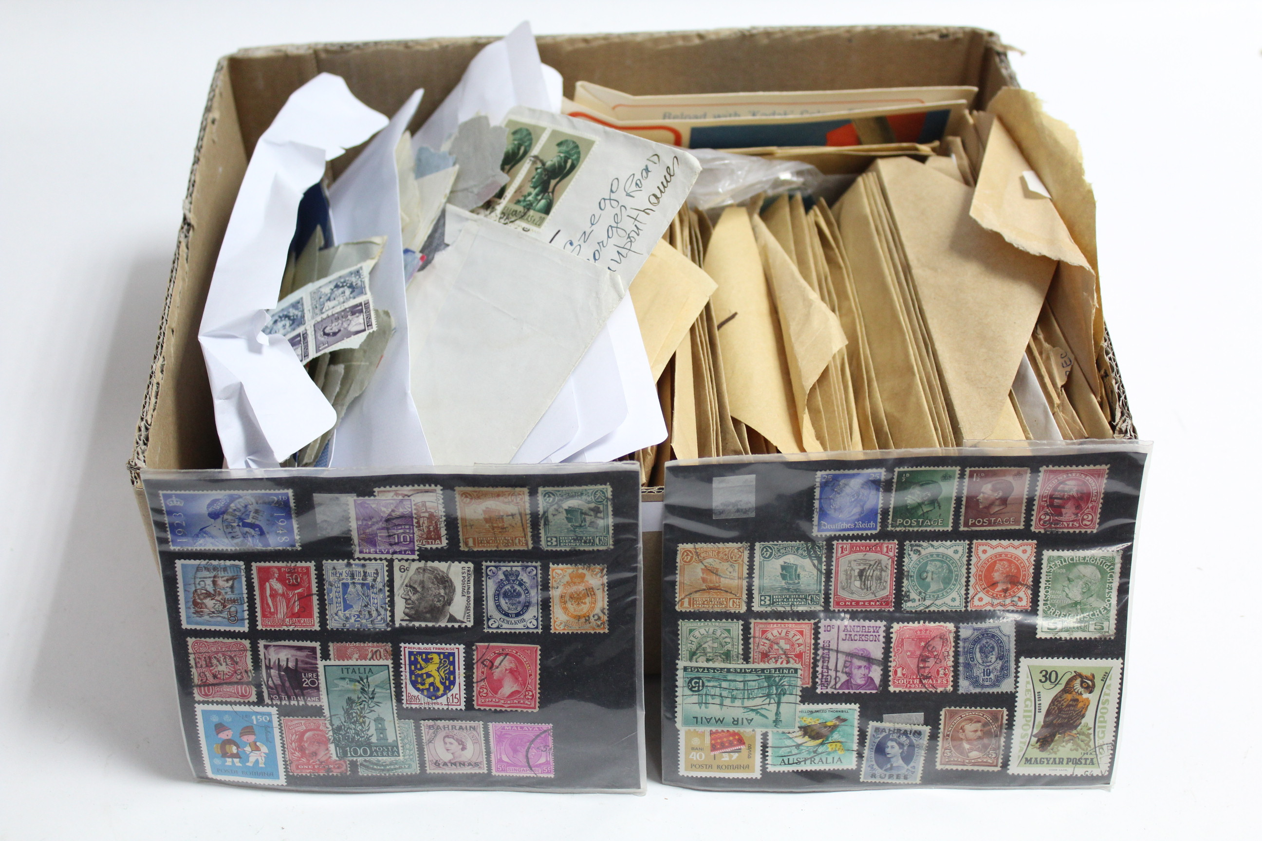Lot 284 - A quantity of loose foreign stamps, mostly on pieces.