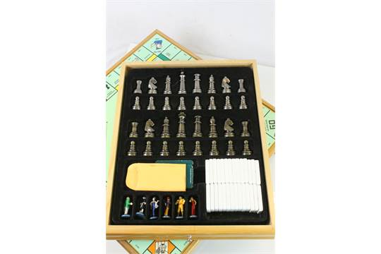 Hasbro Wooden Cased Monopoly And Cluedo Games Compendium Including
