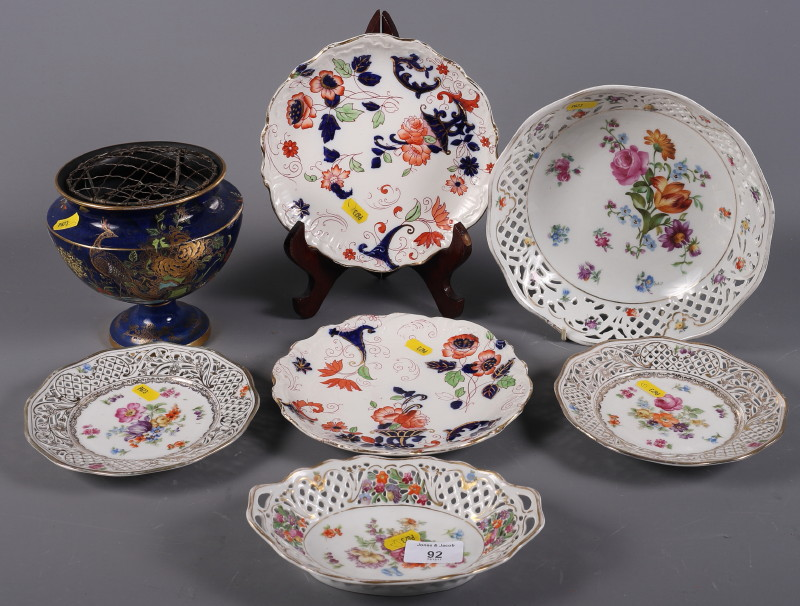 """Lot 48 - An early 20th century Carltonware porcelain """"Peacock"""" pot pourri, 6"""" high, together with four pieces"""