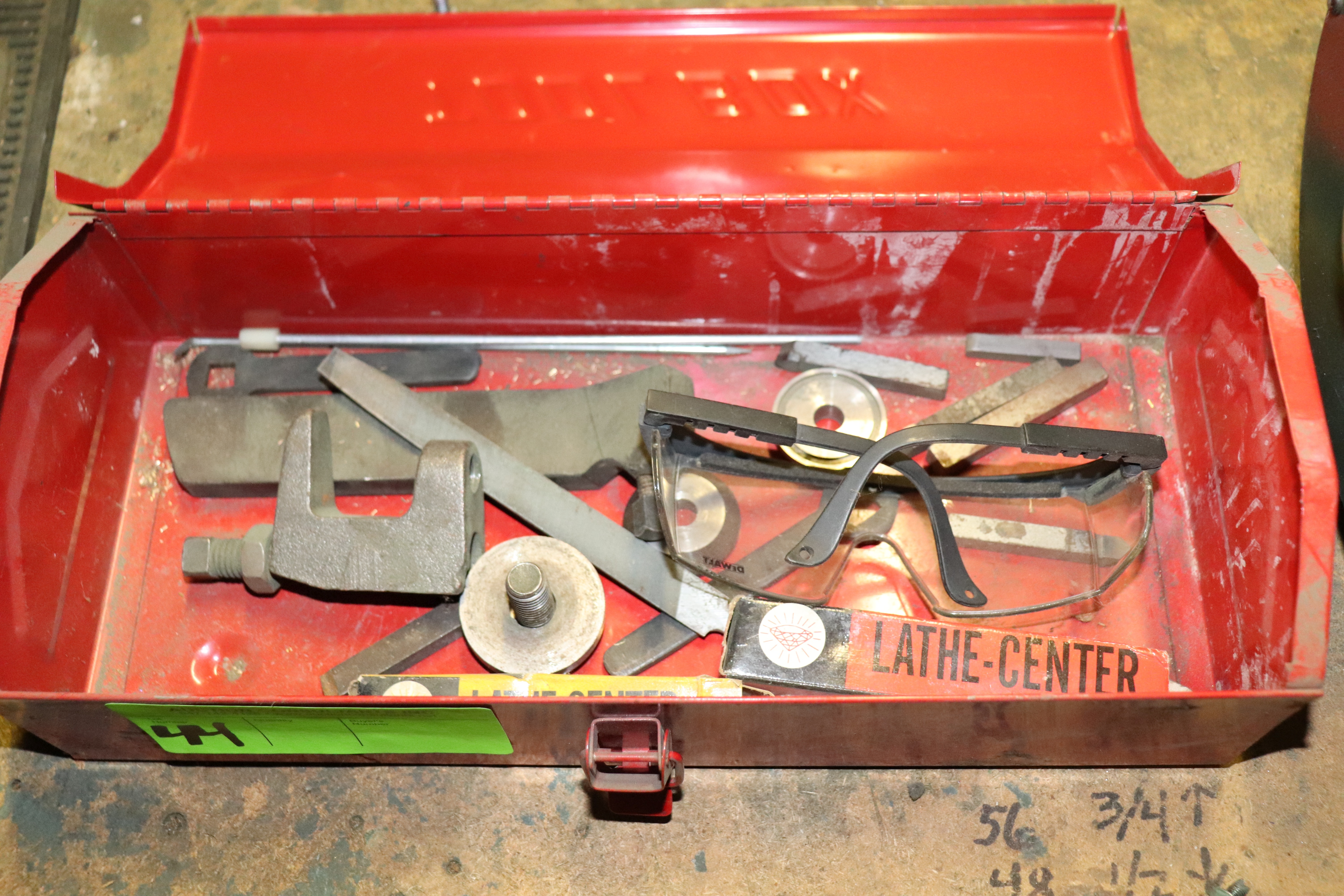 Lot 44 - Toolbox with contents