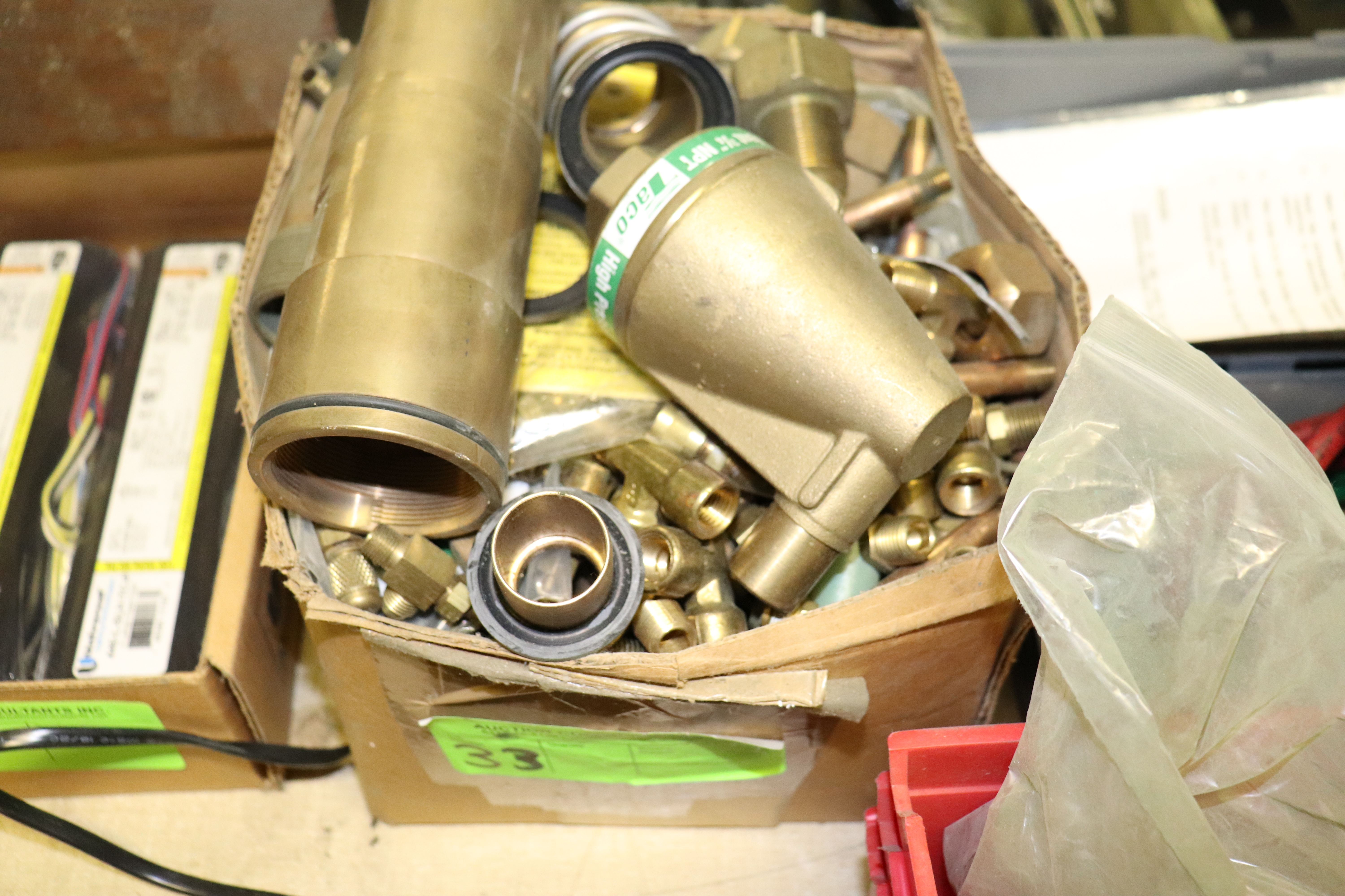 Lot 33 - Group of brass fittings