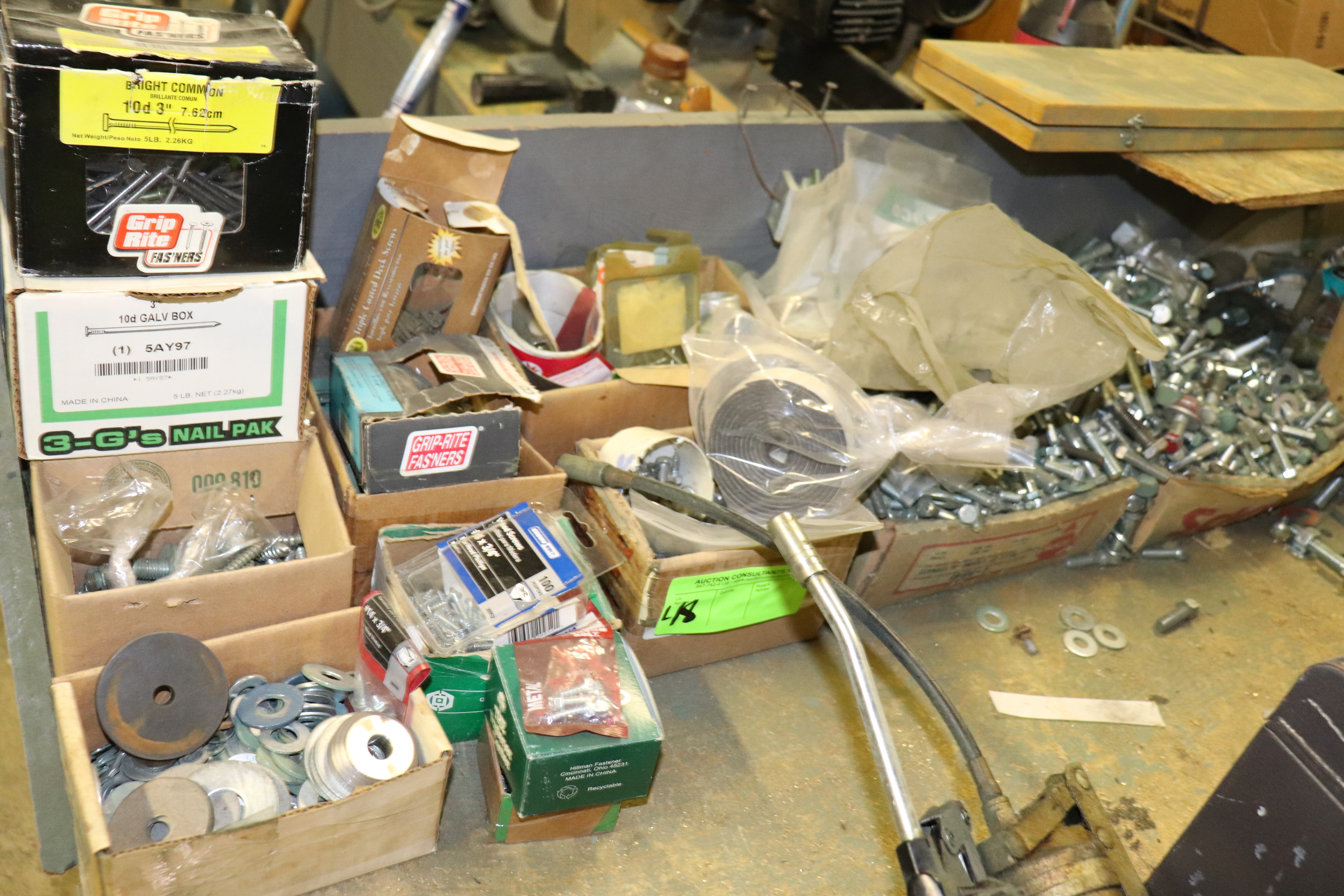 Lot 48 - Group of fasteners