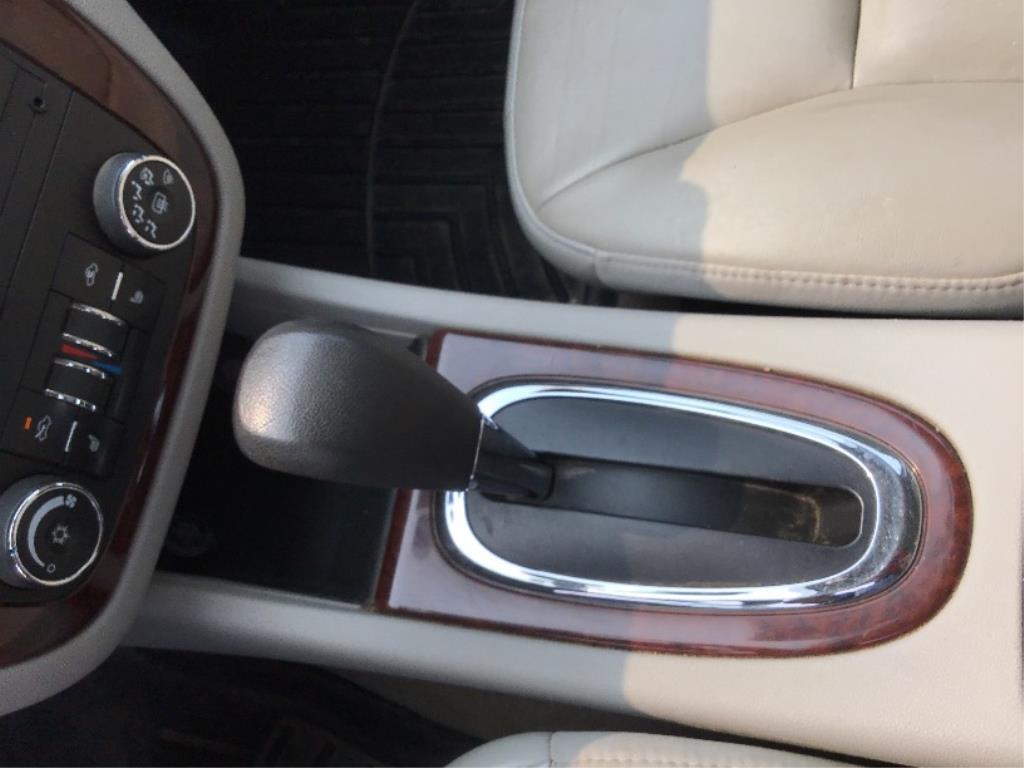 Lot 11 - 2007 Chevrolet Impala LTZ 4-Door Car