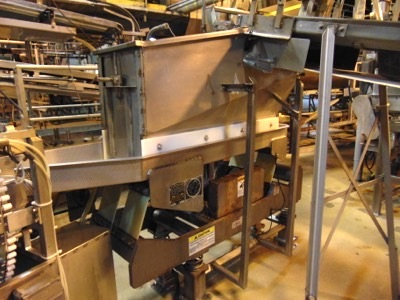Lot 645 - Triple/S Dynamics Vibratory Feed Shaker