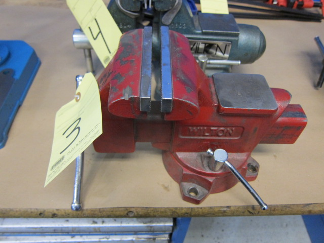 "Lot 3 - BENCH VISE, WILTON, 5-1/2"", swivel base"