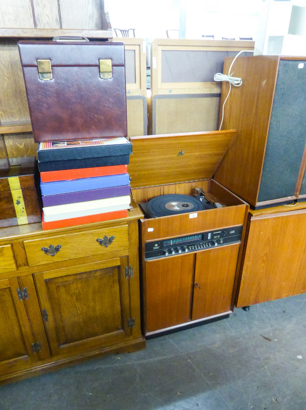 Lot 36 - DYNATRON RADIOGRAM IN TEA CASE, A PAIR OF LOUDSPEAKERS AND LP GRAMOPHONE RECORDS
