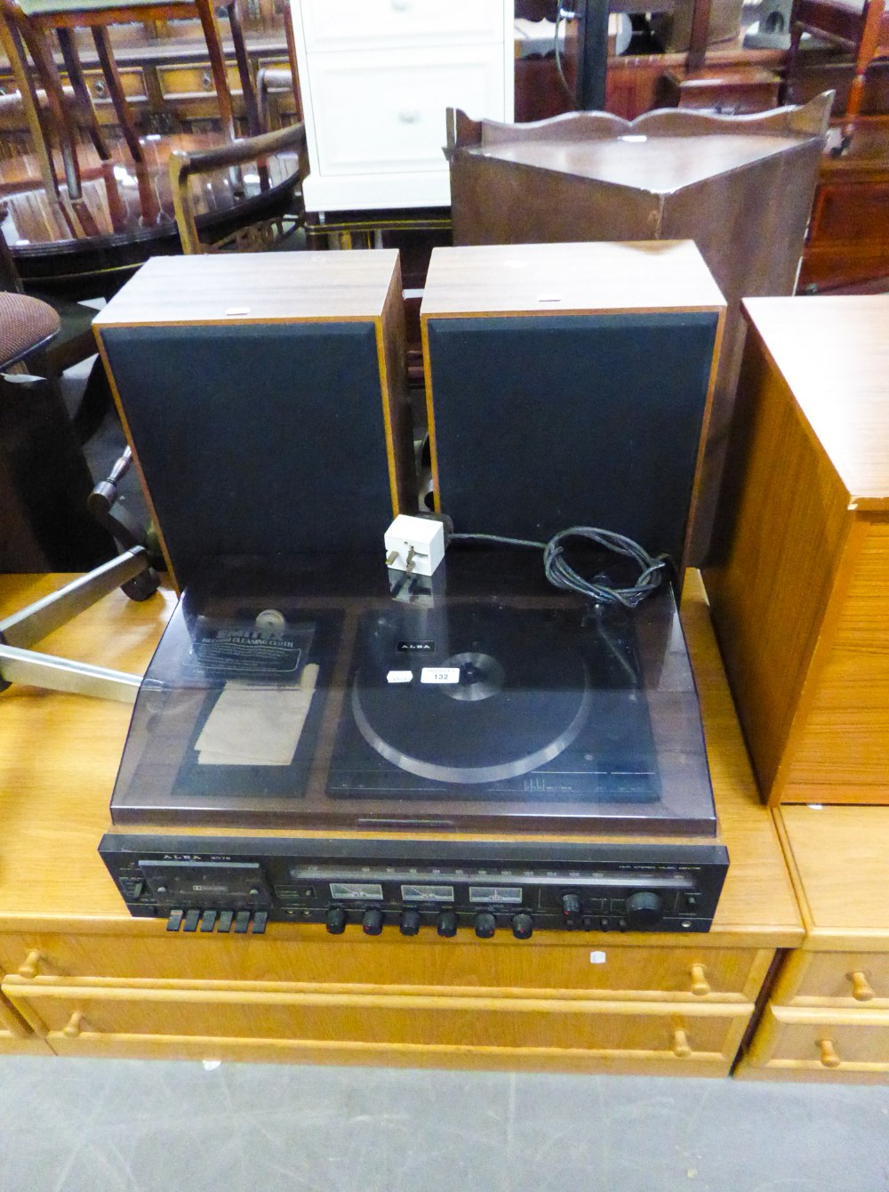 Lot 132 - AN ALBA 9075 HI-FI STEREO MUSIC CENTRE AND THE TWO SPEAKERS