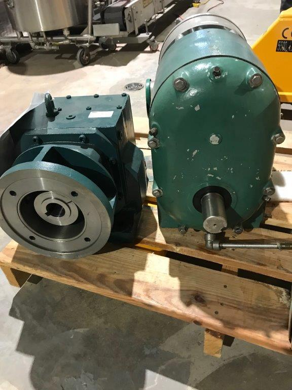 ALFA LAVAL PUMP HEAD, PRED300-4M-UH4-SL-S WITH NEW REDUCER - LOCATION - AURORA, ONTARIO - Image 2 of 3