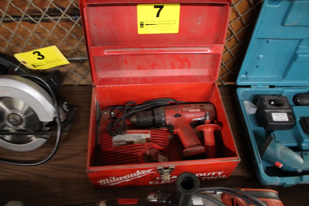 MILWAUKEE POWER PLUS CORDLESS DRIVER WITH CHARGE, NO BATTERY