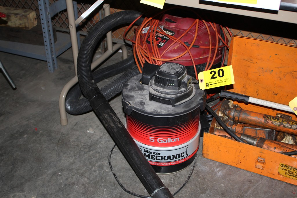 Lot 20 - (2) SHOP VACS: 8 GALLON SHOP VAC, 5 GALLON MASTER MECHANIC