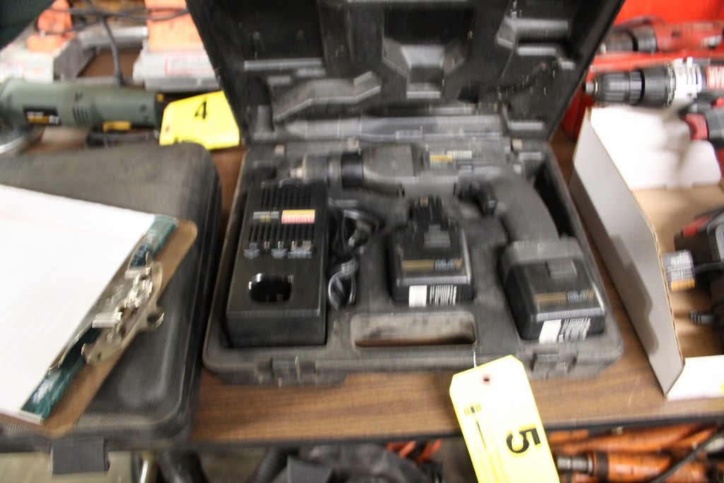 SEARS CRAFTSMAN 12V CORDLESS DRIVER WITH (2) BATTERIES & CHARGER