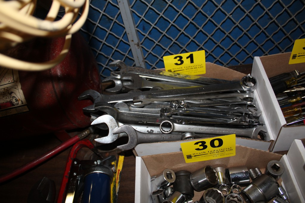 Lot 31 - LARGE QTY OF COMBINATION WRENCHES IN BOX