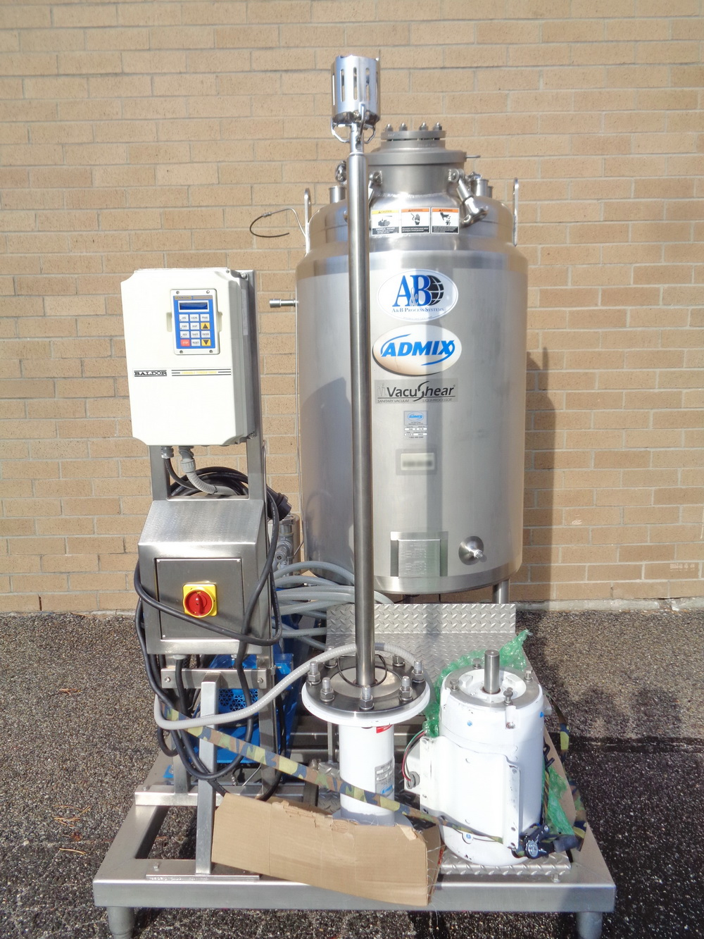 Lot 4 - Admix SS Jacketed Vacuum High Shear Mixing System, Model VacuShear